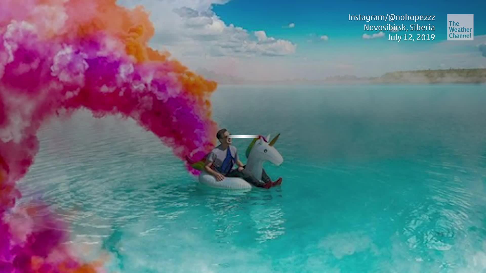 Instagrammers están acudiendo en masa a este impresionante lago azul en Rusia, apodado las Maldivas siberianas. Pero hay un problema: es tóxico.