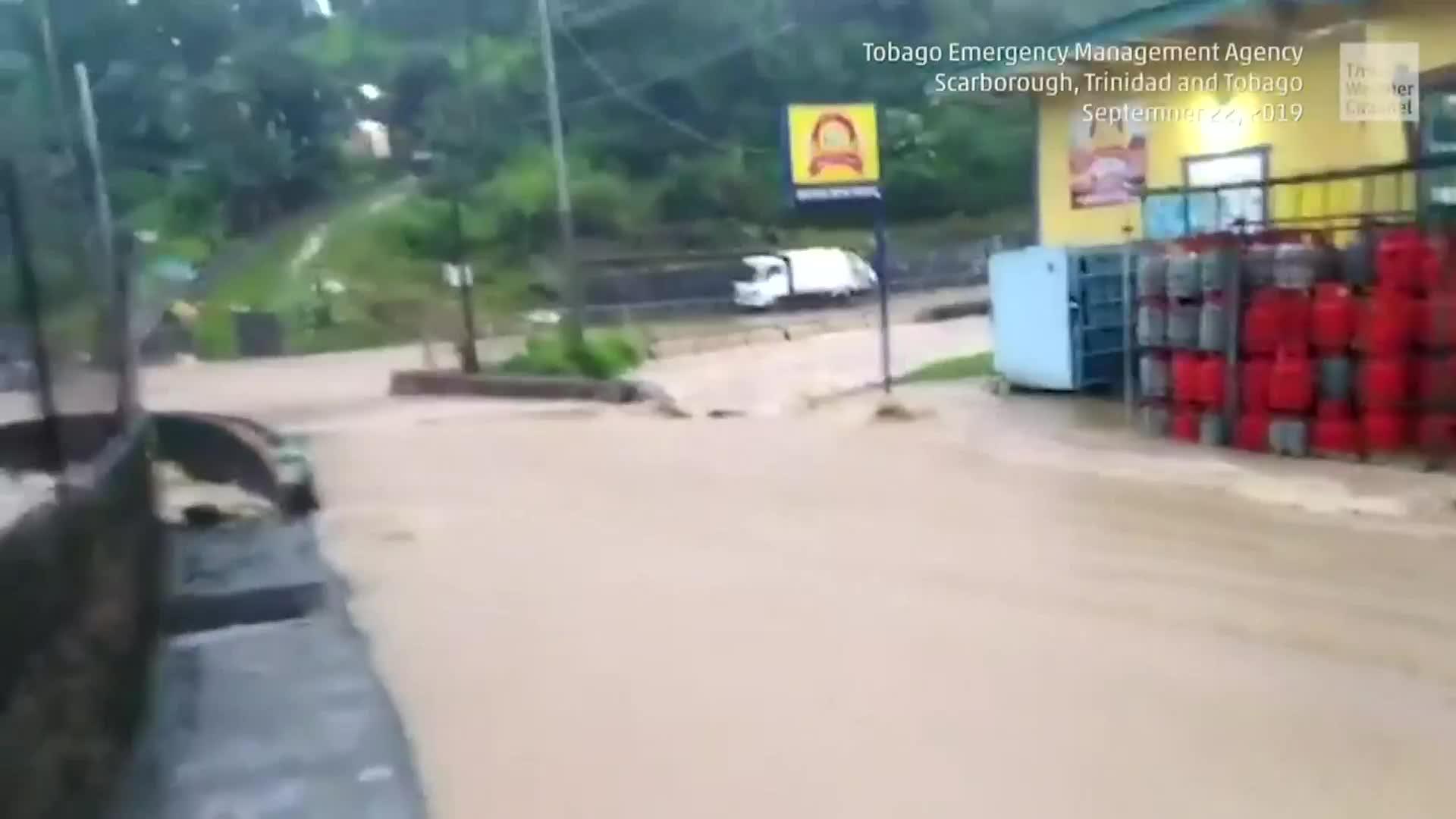 Meteorologist Heather Tesch provides an update on Karen, as it dumps flooding rain.