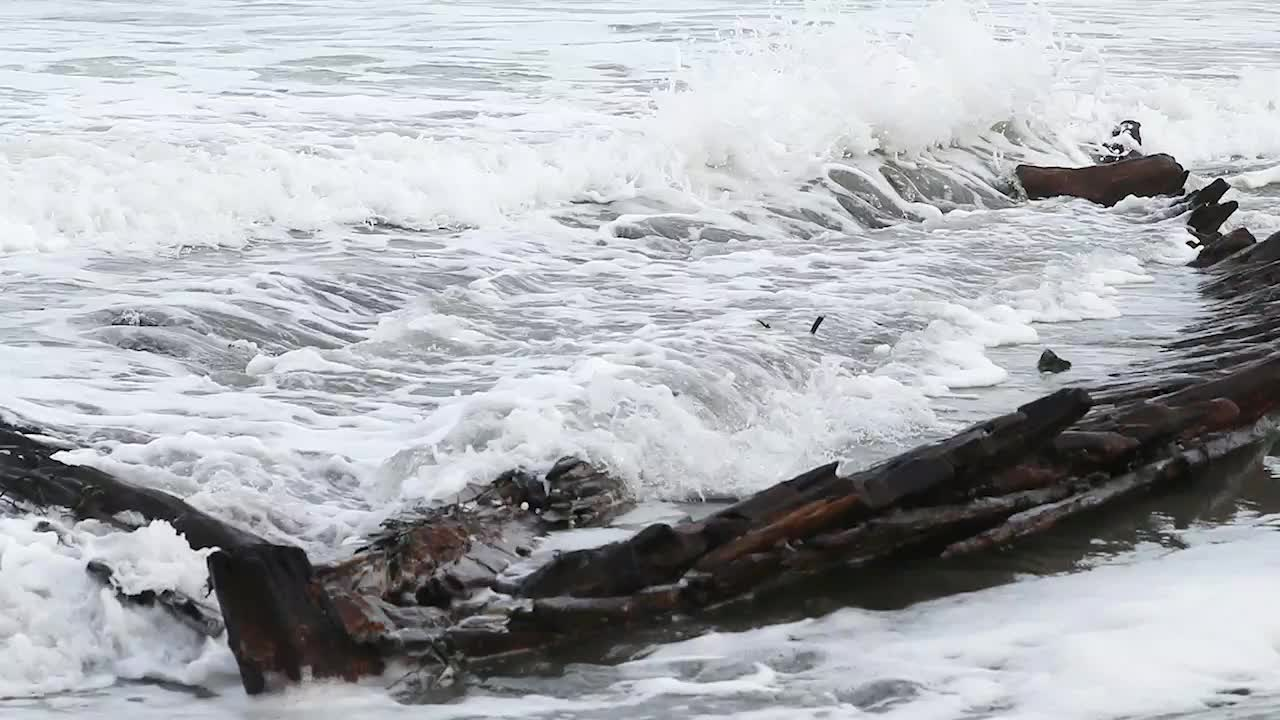 "The mystery of the shipwreck on Short Sands Beach, Maine, may have been solved. Researchers say the wreck surfaced on the beach belongs to a British cargo ship ""Defiance."""