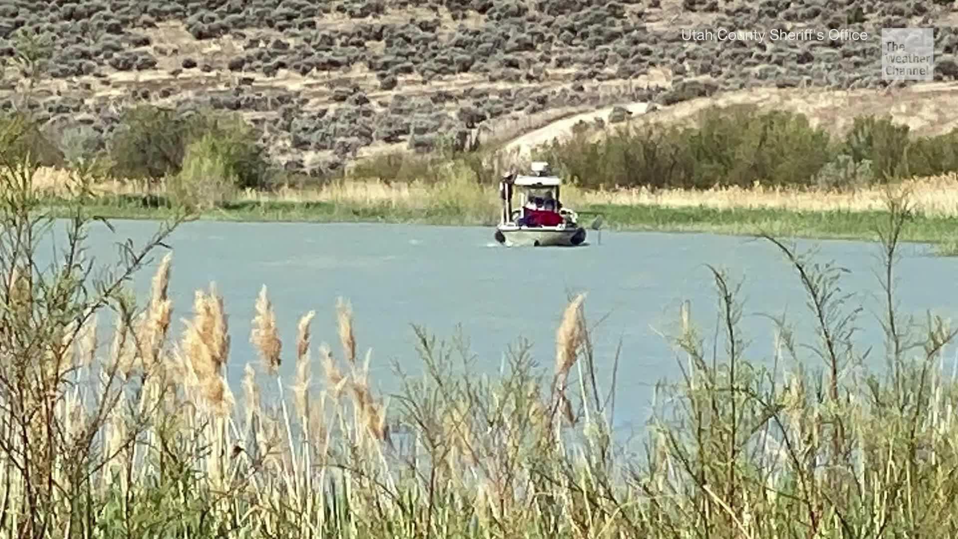 Dos adolescentes desaparecen tras paseo en flotadores | The ...