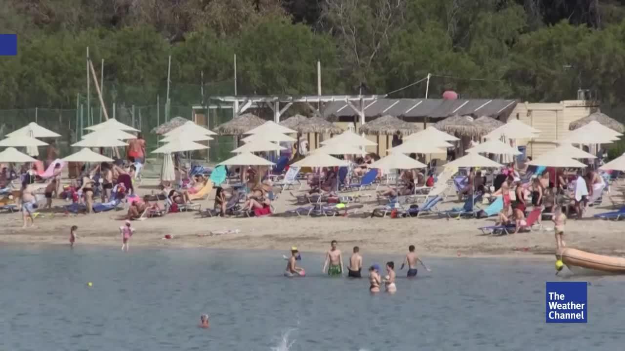 Wie steht es um den Strandurlaub? Hier tummeln sich seit dem Wochenende wieder Menschen