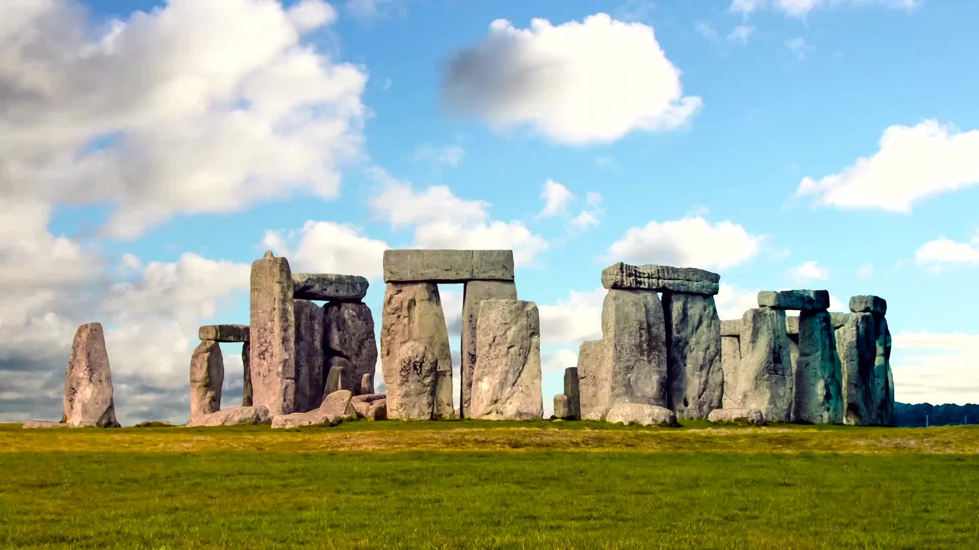 Enormous Neolithic-Era Monument Found Hiding in Plain Sight Near Stonehenge