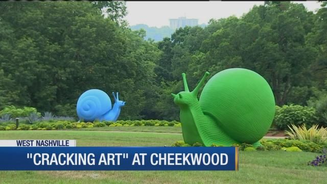 Plastic takes over Cheekwood in Cracking Art display
