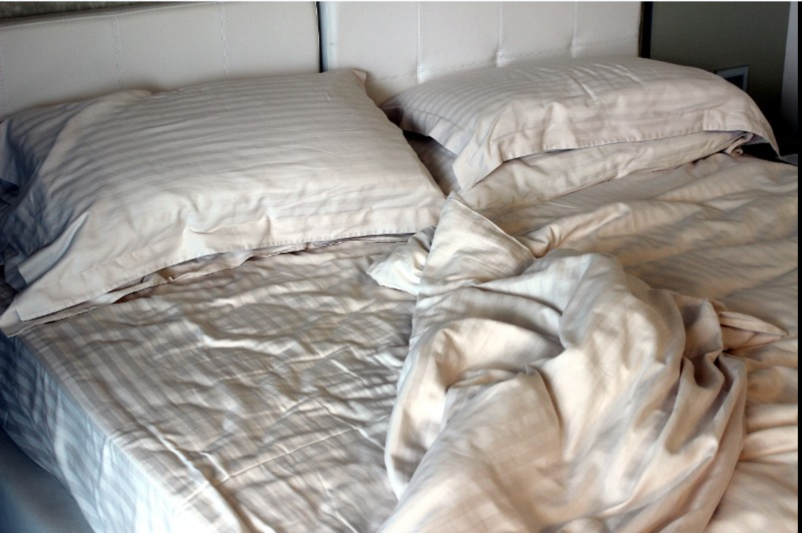 Es ist besser für eure Gesundheit: Aus diesem Grund solltet ihr euer Bett nicht machen