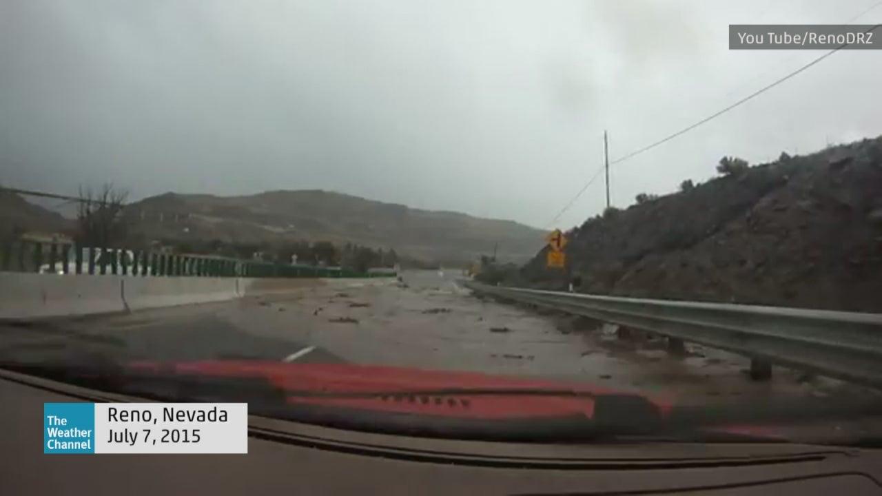 flash flood stops driver in reno  nevada