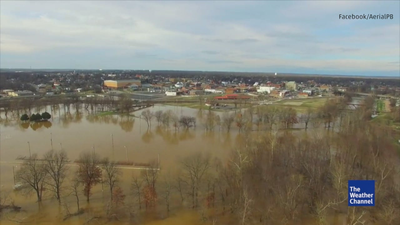 aerial footage of flooding on black river in missouri