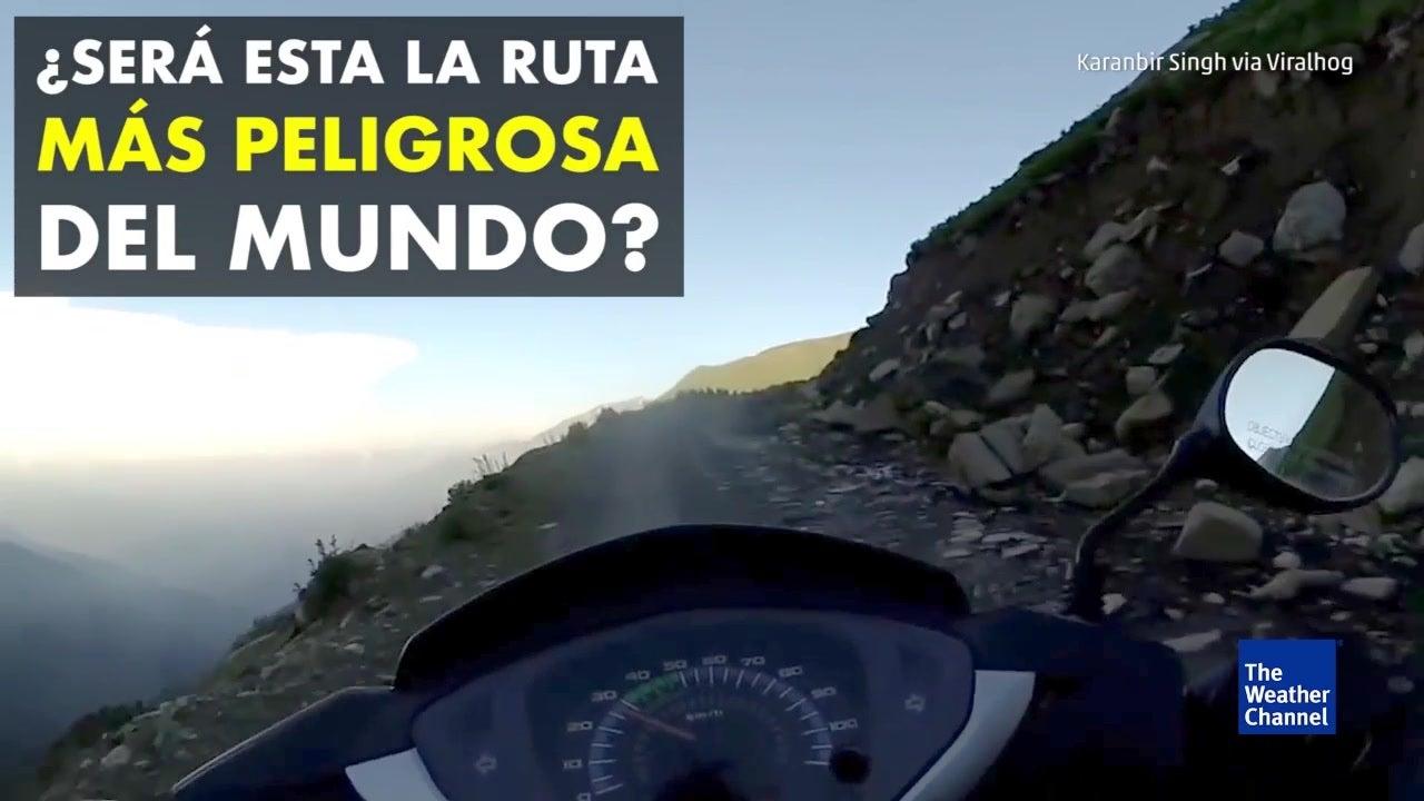 Manejando en la ruta más peligrosa del mundo