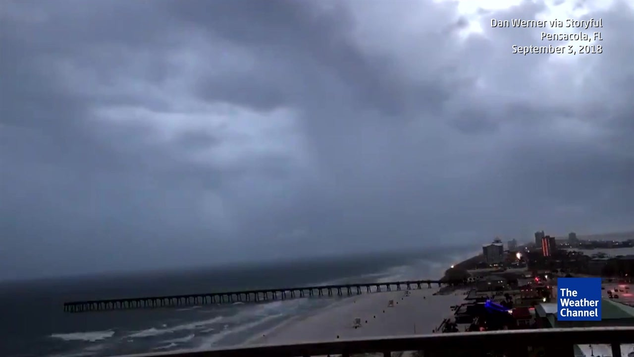 Incredible timelapse captures Tropical Storm Gordon arriving in USA