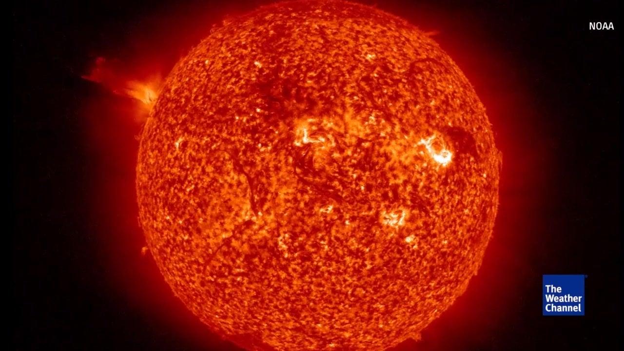 Satélite captura explosión solar