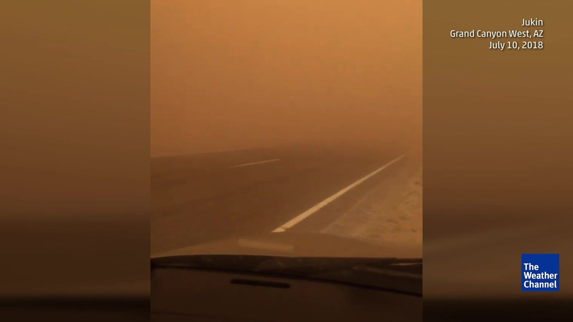 Arizona Haboob Leaves Driver Stranded While Visibility is Reduced