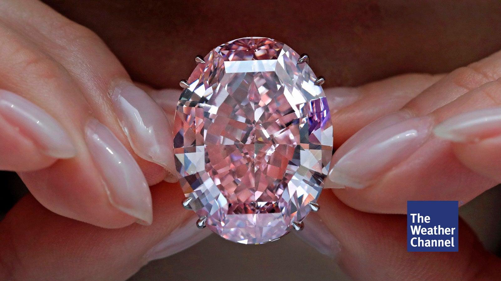 gestatten pink star der teuerste diamant der welt. Black Bedroom Furniture Sets. Home Design Ideas