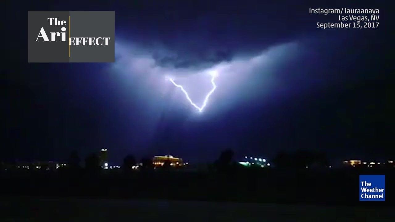 spectacular nevada lightning