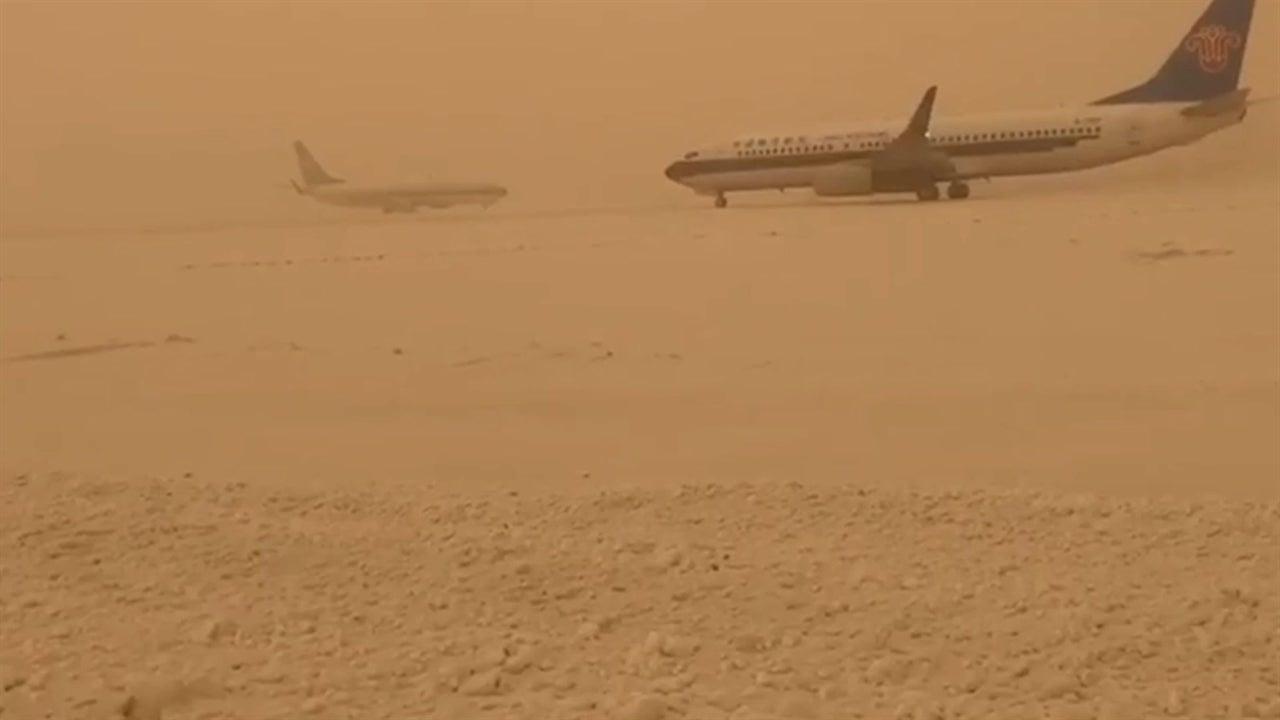 Junção de tempestade de areia e neve resulta nisto