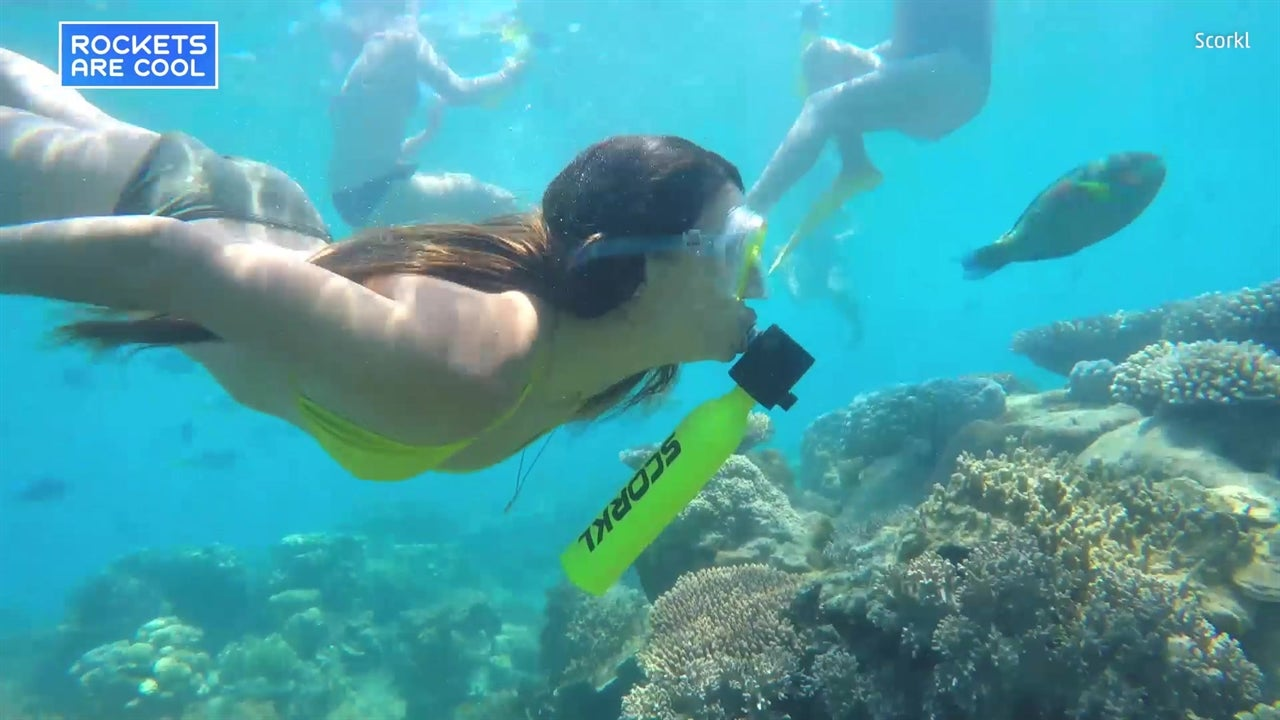 Scorkl Device Allows You To Breathe Underwater The