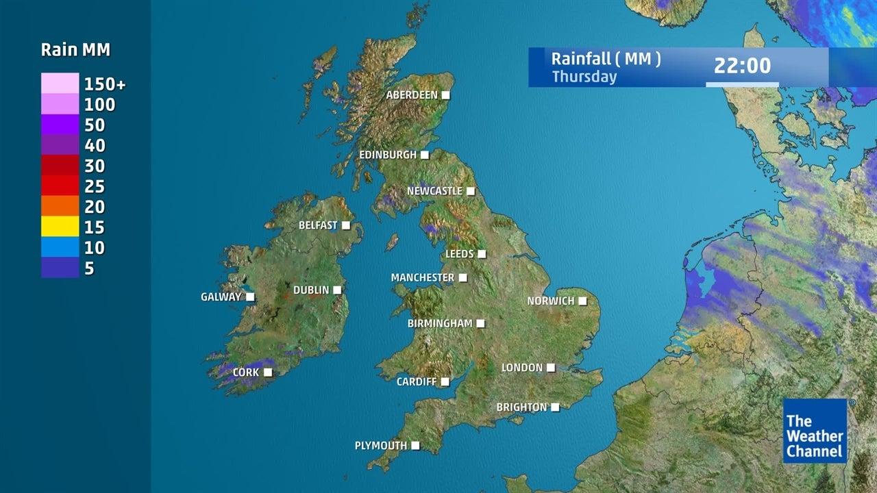Mainly dry: Not too much rain around