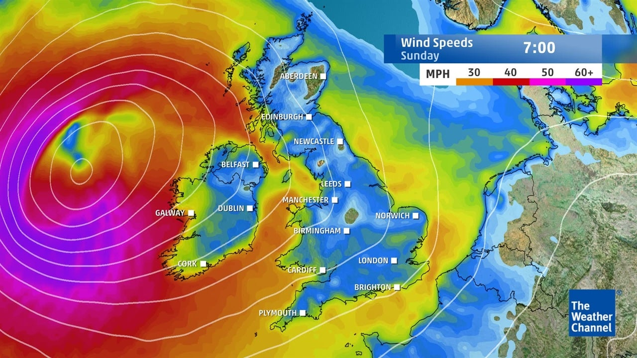 UK weather: Strong winds forecast for Sunday