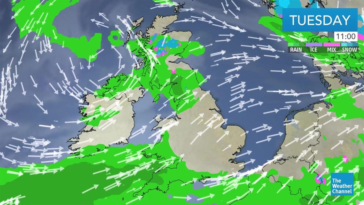watch  latest uk weather forecast