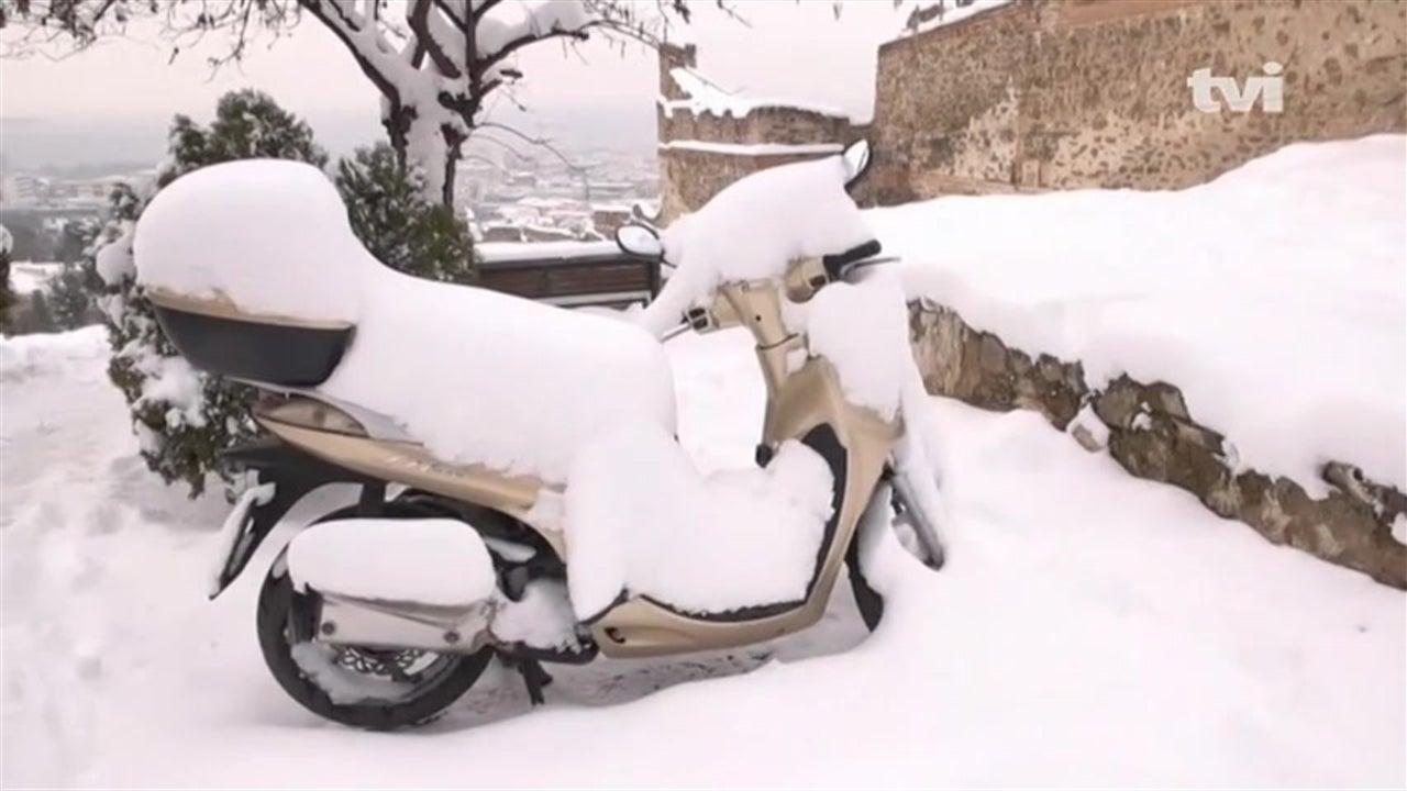 Alpes em alerta por causa dos fortes nevões