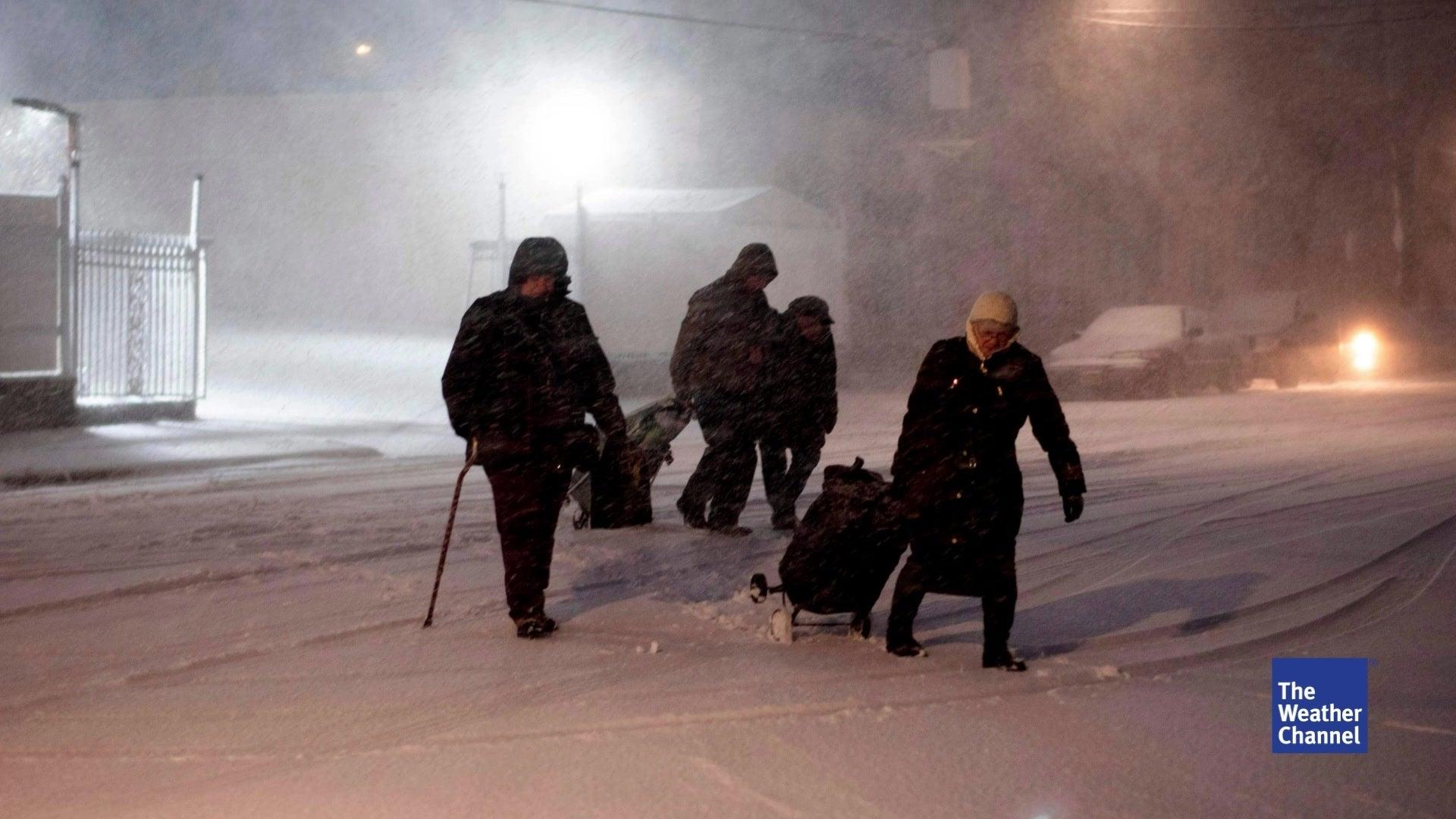 Schneesturm Avery fordert mehrere Tote, Verkehrsinfarkt in New York