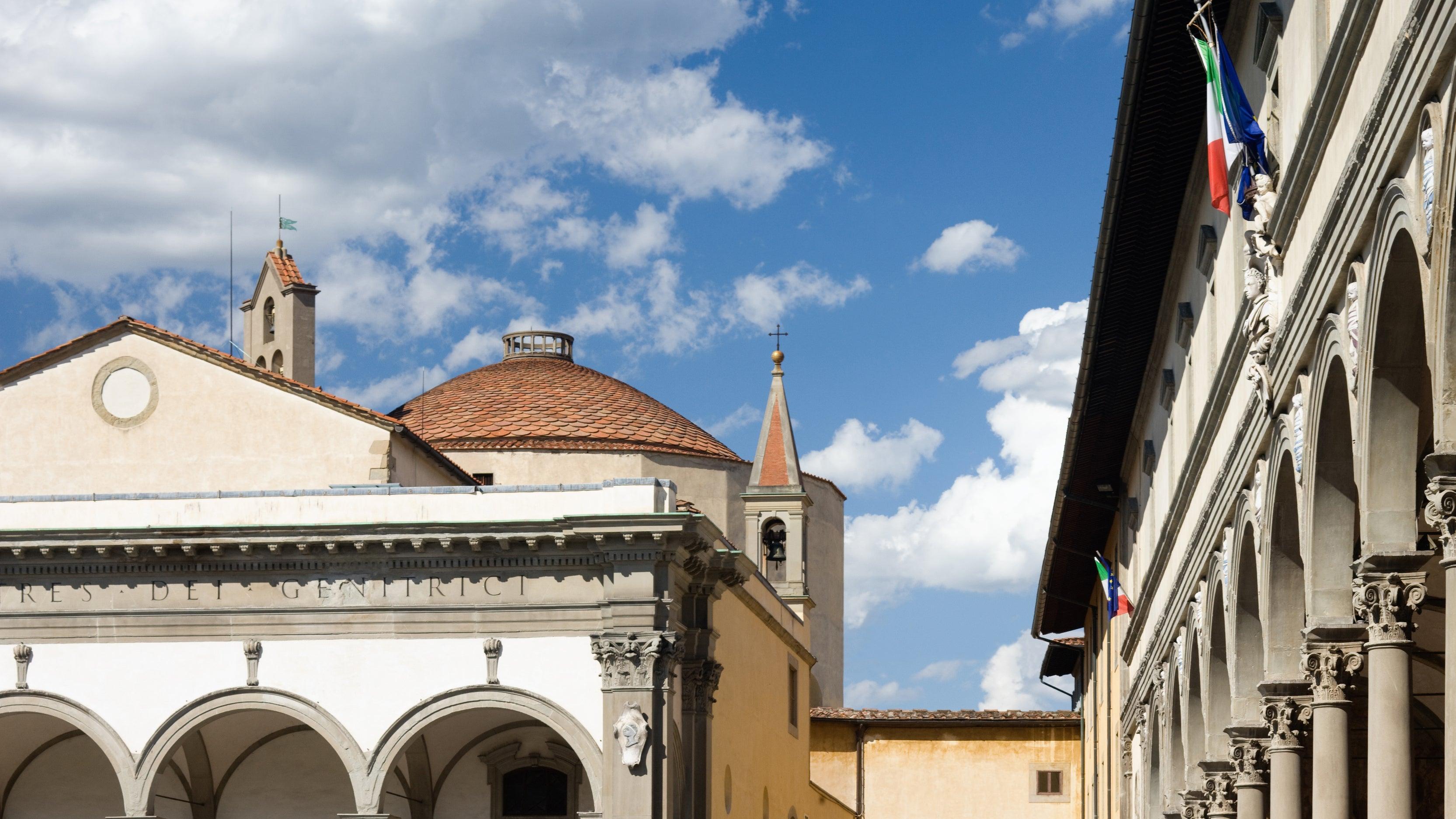 Bußgeld von bis zu 500 Euro droht: Florenz verbietet Essen auf Straße