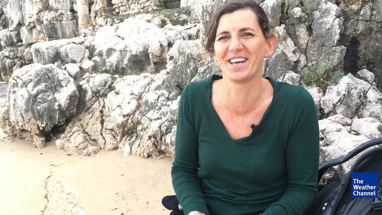 Sonho desta bióloga de limpar as praias inspirou livro