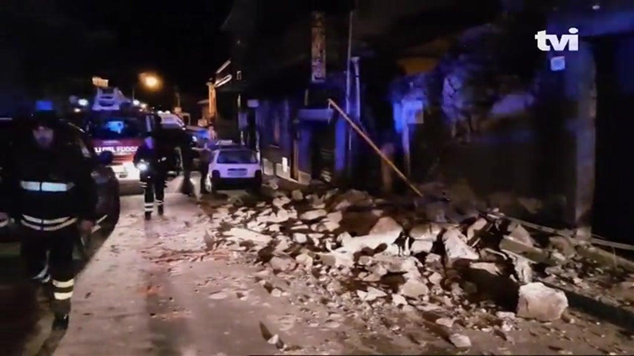 Sismo em Itália faz 10 feridos e várias casas colapsam
