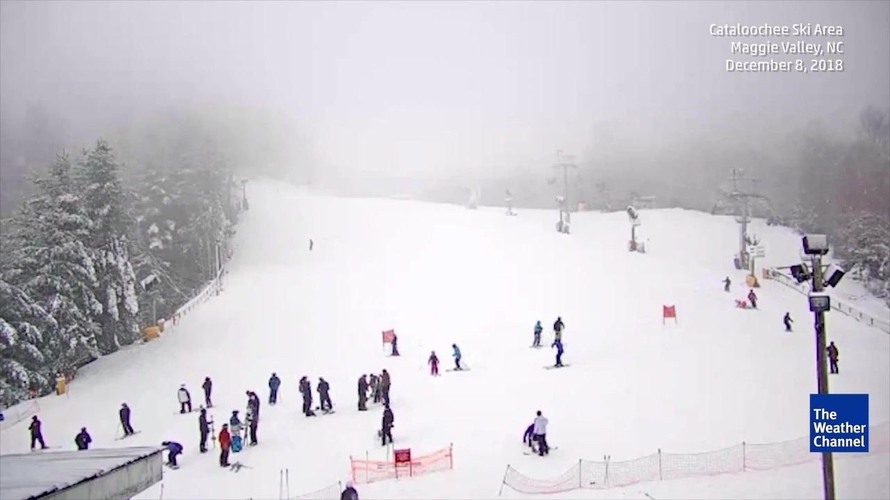 Watch the snowfall in Maggie Valley