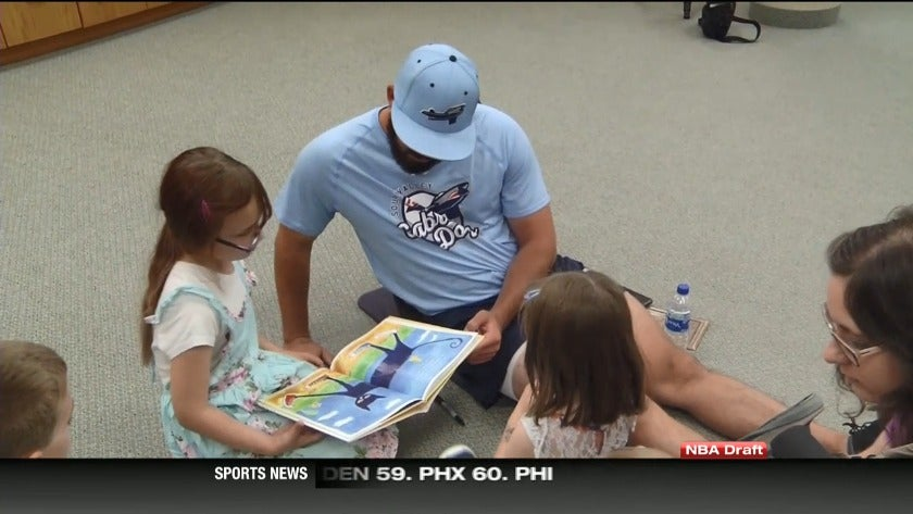 Sabre Dogs giving back to their fans in the Magic City