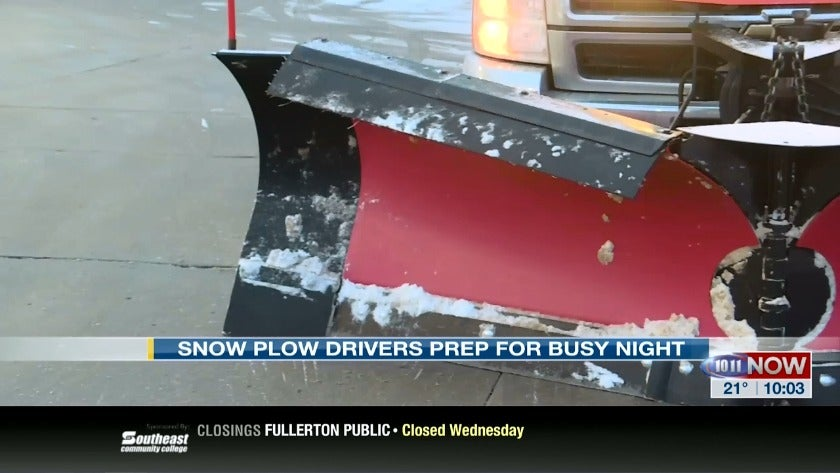 Plow drivers prep for busy night